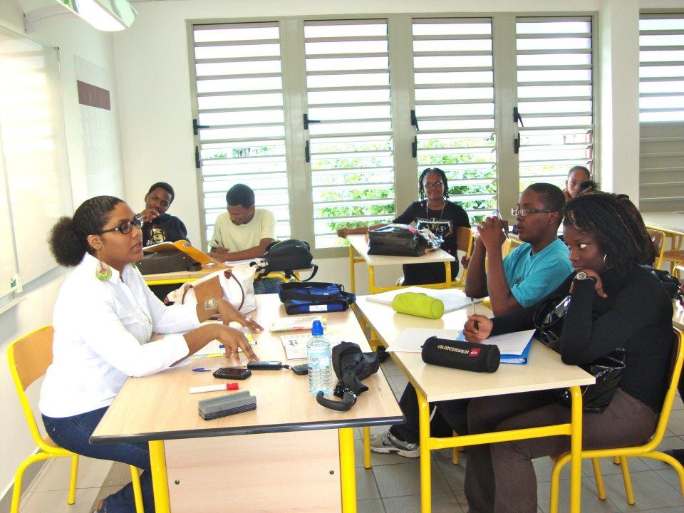 Lors d'un cours expérimental de philosophie créole au lycée de Port-Louis, Guadeloupe.